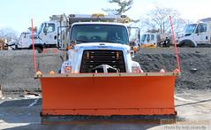 Yonkers DPW Truck 787 (Seth Granville) Tags: yonkers dpw snow plow sander henderson freightliner 108sd