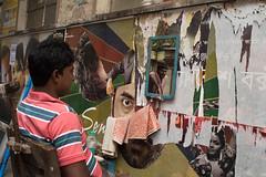 CALC-2922 Barber-eye (rose.vandepitte) Tags: india kolkata barbershop mirror reflection streetscene streetphotography streetlevelphotography streetlife nikond750 35mmlens