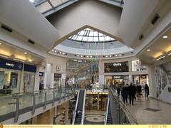 Intu Uxbridge (TheTransitCamera) Tags: uxbridge england unitedkingdom uk greatbritian town store retail shopping highstreet intu mall centre indoor