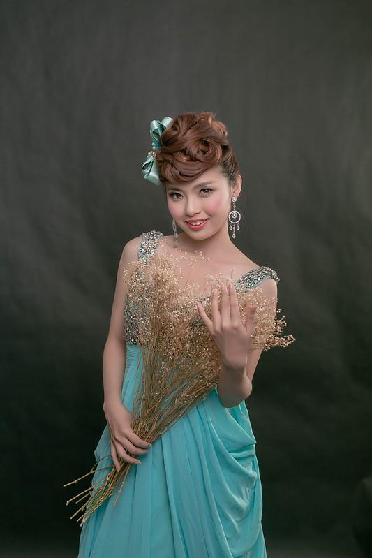 嘉義新秘,婚紗寫真, 新秘,婚紗造型,摩登龐克,自助婚紗