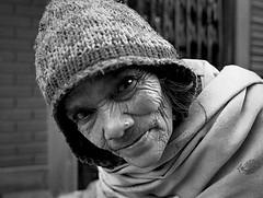 Pentax 645n Nepal HP5+ curious s (shakmati) Tags: ilford film hp5 ภาพเหมือน slr filma portra 肖像 ritratti portrét bild porträt портрет retrato portrait blanc blanco bw monochrome black white shiro negro nero street travel nepal kathmandu people world pentax 645 645n 45mm medium moyen 120