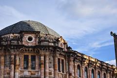 (agridulce?) Tags: city ciudad cuenca ecuador turismo estructura structure arquitectura arquitecture park parque calderon