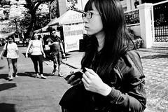 Tourist (Meljoe San Diego) Tags: meljoesandiego fuji fujifilm x100f streetphotography street candid closeup people monochrome