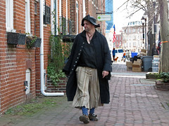 Landlubber (Multielvi) Tags: baltimore maryland md city fells point privateer festival pirate man guy dude candid street stphotographia