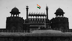 IMG_23013-bw (Manveer Jarosz) Tags: bharat dttdc delhi delhitourismandtransportationdevelopmentcorporation hindustan independenceday india indian jaihind mughal ncr olddelhi redfort republicday unesco worldheritagesite architecture building bustour bw flag historical outside sunny tourism travel tricolourflag silhouette
