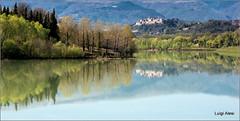 Tolentino - lago delle Grazie (Luigi Alesi) Tags: tolentino italia italy marche macerata lago delle grazie val di chienti belforte del lake riflesso reflections paesaggio landscape scenery nikon coolpix p330 raw