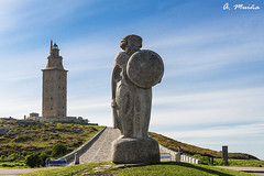 Statue of Breogán. Tower of Hercules in the background. In A Coruña-Galicia (Spain) (A. Muiña) Tags: estatua historia torre faro galicia acoruña airelibre color piedra stone paisaje landscape naturaleza nature cielo heavenarquitectura architecture old antiguo etnografía nikond800 nikon