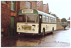 Merseyside Transport Bus 2091. (ManOfYorkshire) Tags: 231hf bristol re bristolre resl6l bristolresl6l merseyside transport mpte engineering garage vehicle towing works 2091 ykb366j 1971 merseysidepassengertransportexecutive warning amber beacon light