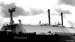 Gaselys Brest (patrick_milan) Tags: bateau ship boat voilier pêche sailing fishing iroise ocean port harbour quay quai buoyant buoy tugboat saariysqualitypictures hull bow brest