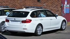 5423 - MacNeillie - BMW 3 Series Tourer - 003 (Call the Cops 999) Tags: uk gb united kingdom great britain england 999 112 101 emergency service services vehicle vehicles police policing constabulary law enforcement