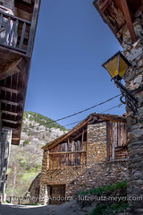 Catalunya rural: Valls de Valira, Alt Urgell, Catalunya (lutzmeyer) Tags: alturgell andorra canoneos5dmarkiii catalonia catalunya europe iberia iberianpeninsula katalonien lutzmeyer osdecivis pirineos pirineus pyrenees pyrenäen spain vallsdevalira abril altehäuser antic april bild dorf foto fotografie frühjahr frühling geschichte historia historic historiccentre historie historisch historischeszentrum history iberischehalbinsel image imagen imatge landscape landschaft lutzlutzmeyercom oldhouses paisaje paisatge past photo photography picture poble primavera pueblo rural sonnenaufgang sortidadelsol spring springtime sunrise village catalunyalleidaalturgellvallsdevalira