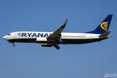 Ryanair --- Boeing 737-800 --- EI-EKP (Drinu C) Tags: adrianciliaphotography sony dsc rx10iii rx10 mk3 mla lmml plane aircraft aviation 737 ryanair boeing 737800 eiekp