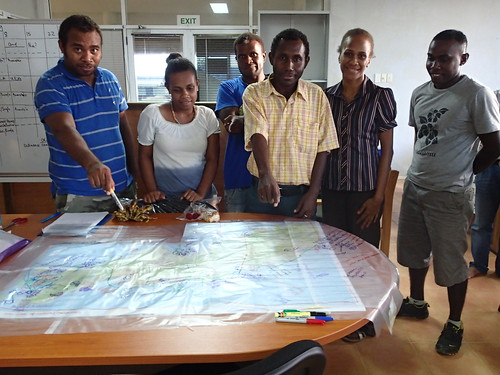 Workshop with Auki's staffs, Malaita, Solomon Islands. Photo by Sharon Suri, 2013.