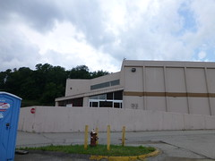 Dead Wholesale store in Pittsburgh, Pennsylvania (Nicholas Eckhart) Tags: road abandoned retail club america dead us closed pittsburgh pennsylvania warehouse pa vacant pace former stores sams membership mcknight 2013