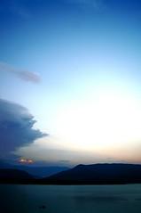 Embalse de Mediano (Jorge Moliner Vinaceite) Tags: nikon huesca sony pantano jorge tormenta ainsa pea pirineos sobrarbe pirineo d300 mediano alcaine moliner montaesa vinaceite