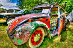 Trashy Beetle HDR (hz536n/George Thomas) Tags: summer car vw canon rat lab michigan august canon5d upnorth hdr volkswagon linwood smrgsbord pinconning labcolor ef1740mmf4lusm 2013 cs5 deeracres photomatix40