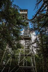 Snowy Mountain Firetower (photoMakak) Tags: newyork abandoned unitedstates hiking adirondacks indianlake adirondack adk firetower abandonné touràfeu adkfiretowerchallenge photomakak adirondackfiretowerchallenge