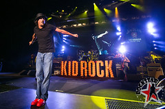 176032254SL023_Kid_Rock_And