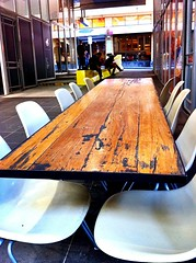 Long Table Catch Up (Viqi07) Tags: table chairs drink outdoor melbourne longtable catchup