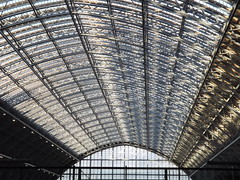 St Pancras Station II, London, 30 December 2013 (AndrewDixon2812) Tags: london station eurostar kingscross canopy stpancras eustonroad williamhenrybarlow