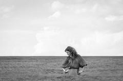 Perceptual Space (Dmitriy Ryabov) Tags: canoneos1v canon1v canon dmitriyryabov canonef70200mmf28lisiiusm 70200 bw monochrome blackandwhite photo photography portrait film woman girl fujineopanacros100