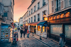 Montmartre (CreART Photography) Tags: paris montmartre street streetphotography
