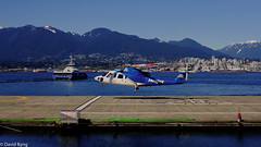 Helijet Landing (david byng) Tags: helijet vancouver 2017 travel pacificocean city canada britishcolumbia spring helicopter