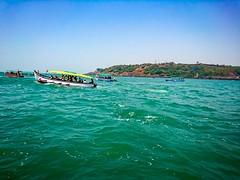 Lëts jůmp (Srinivasa Vasu) Tags: sea fastboat roughwaves xperiaxz sony flickrtravelaward bluesea arabiansea goa water waves beautiful outdoor midday