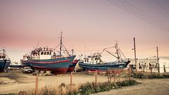 Punta Arenas - Varadero de embarcaciones de pesca (Jaime Careaga) Tags: punta arenas patagonia estrecho de magallanes pescadores