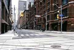 Richmond and Victoria Streets (Bill Smith1) Tags: april2017 believeinfilm billsmithsphotography heyfsc lomographyfsquard400 nikkoro35f2lens nikkormatel toronto