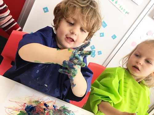 Little man getting messy with paint at Star Kids International Preschool, Tokyo. #starkids #international #preschool #school #children #toddler #kids #kinder #kindergarten #daycare #fun #shibakoen #minatoku #tokyo #japan #instakids #instagood #twitter #子供