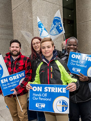 20170428_USW_Solidarity_Demonstration_Toronto_404.jpg (United Steelworkers - Metallos) Tags: toronto demonstration cezinc d5 manifestation union district5 syndicat glencore metallos demo stockexchange usw canlab