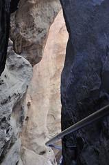 Deutschland Sächsische Schweiz DSC_0533 (reinhard_srb) Tags: deutschland sächsische schweiz abstieg polenztal wolfsschlucht hockstein eisentreppe geländer stufen schatten licht sandstein