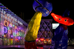 Miro à La Défense (jjcordier) Tags: nuit ladéfense paris miro nocturne statue puteaux couleur