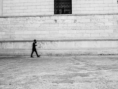 White wall (Daniele Salutari) Tags: photo photography shot wow amazing cool great good dannyboy ilovedannyboy daniele black white bianco nero roma rome italy spring people walk walking