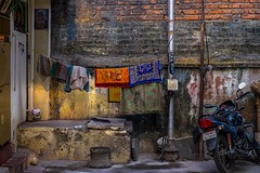 Street Colors (rameshsar) Tags: 1655 parthasarathytemple triplicane fuji xt1 colors