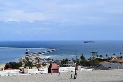 DSC_1380-61 (jjldickinson) Tags: nikond3300 106d3300 sanpedro losangeles sky cloud lookoutpointpark ocean water shippingcontainer container ship containership portoflosangeles harbor nikon1855mmf3556gvriiafsdxnikkor promaster52mmdigitalhdprotectionfilter