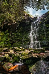 Middle Dark Cough Waterfall, Derbyshire (J3ni) Tags: longexposure water waterfall derbyshire filter trunk 10stop 10stopper darkclough