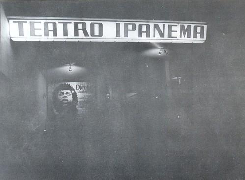 """Show do disco  """"Alumbramento"""" no Teatro Ipanema, por Livio Campos"""