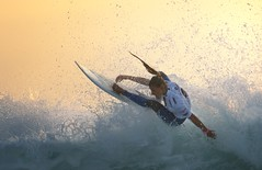Push to the Limit (McSnowHammer) Tags: france action surfing spray le pro roxy peterson roxypro lakey penon 2013