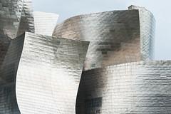 Museo Guggenheim, Bilbao (jacqueline.poggi) Tags: españa architecture spain bilbao architect guggenheim espagne frankgehry vizcaya frankogehry guggenheimmuseum paysbasque paísvasco architecte contemporaryarchitecture museoguggenheim frankowengehry biscaye architecturecontemporaine