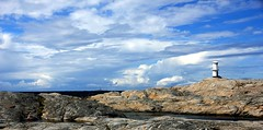 Stone Island Panorama (sramses177) Tags: sea sky cliff lighthouse rock clouds gteborg island coast meer sweden stones schweden gothenburg skandinavien himmel wolken insel steine sverige scandinavia beacon phare leuchtturm marstrand schren kste bohusln felsen klippen sude  felseninsel vstsverige vision:mountain=0811 vision:outdoor=099 vision:clouds=099 vision:sky=099 vision:ocean=0942