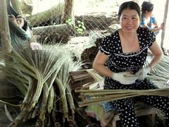 IMG_5433 (jl_sassafras) Tags: factory ben delta mekongdelta tre broom mekong bentre broomfactory