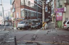 Saechang-ro (strogoscope) Tags: street winter automobile nopeople seoul narrowstreet