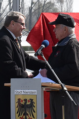 Nierstein mayor thanks McCarthy (U.S. Army Europe) Tags: nierstein germany worldwar ww2 75strong strong strongeurope amphibious nazivictims kornsand engineers 249th history historic rhine rhineriver usareur armyeurope europestrong
