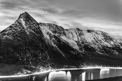 Tryfan trails (A Crowe Photography) Tags: blackandwhite blackwhite snowdonia snowdonianationalpark mountains snow reflection reflections northwales welshflickrcymru welshphotographer welshphotography welshlandscape landscape