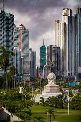 Panama Stadt (RiversideMovie&Pictures Wildlife) Tags: canoneos7d panama panamacity panamacityskyline skyline modern sky citycsape building tower centralamerica pacific
