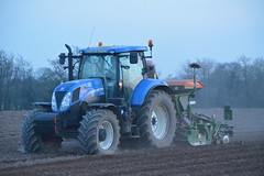 New Holland T7 200 Tractor with an Amazone ADP 3000  Special Seed Drill & Power Harrow (Shane Casey CK25) Tags: new holland t7 200 tractor amazone adp 3000 special seed drill power harrow nh cnh blue fermoy sow sowing set setting drilling tillage till tilling plant planting crop crops cereal cereals county cork ireland irish farm farmer farming agri agriculture contractor field ground soil dirt earth dust work working horse horsepower hp pull pulling machine machinery grow growing nikon d7100 onepass one pass traktor tracteur traktori trekker trator ciągnik
