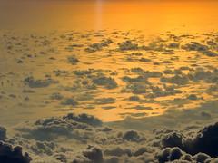 sea of clouds (Bernal Saborio G. (berkuspic)) Tags: clouds sunset sea aerialview