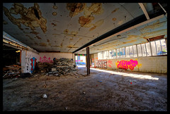 XE1S9049_tonemapped (jmriem) Tags: graffs graffiti graff colombes jmriem 2017 street art